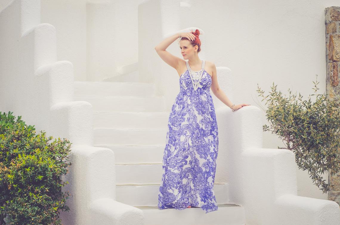 Anna Frost in Hallhuber auf Mykonos im Hotel San Giorgio