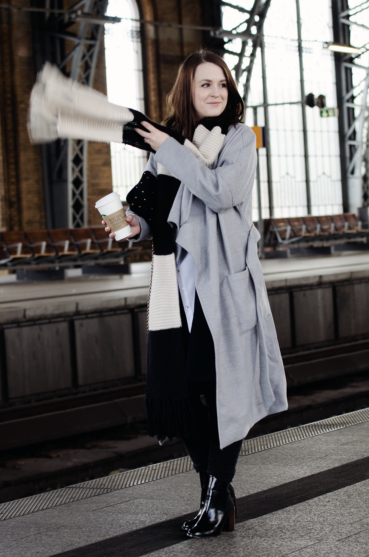 about you yu & idol anna frost look 1 1