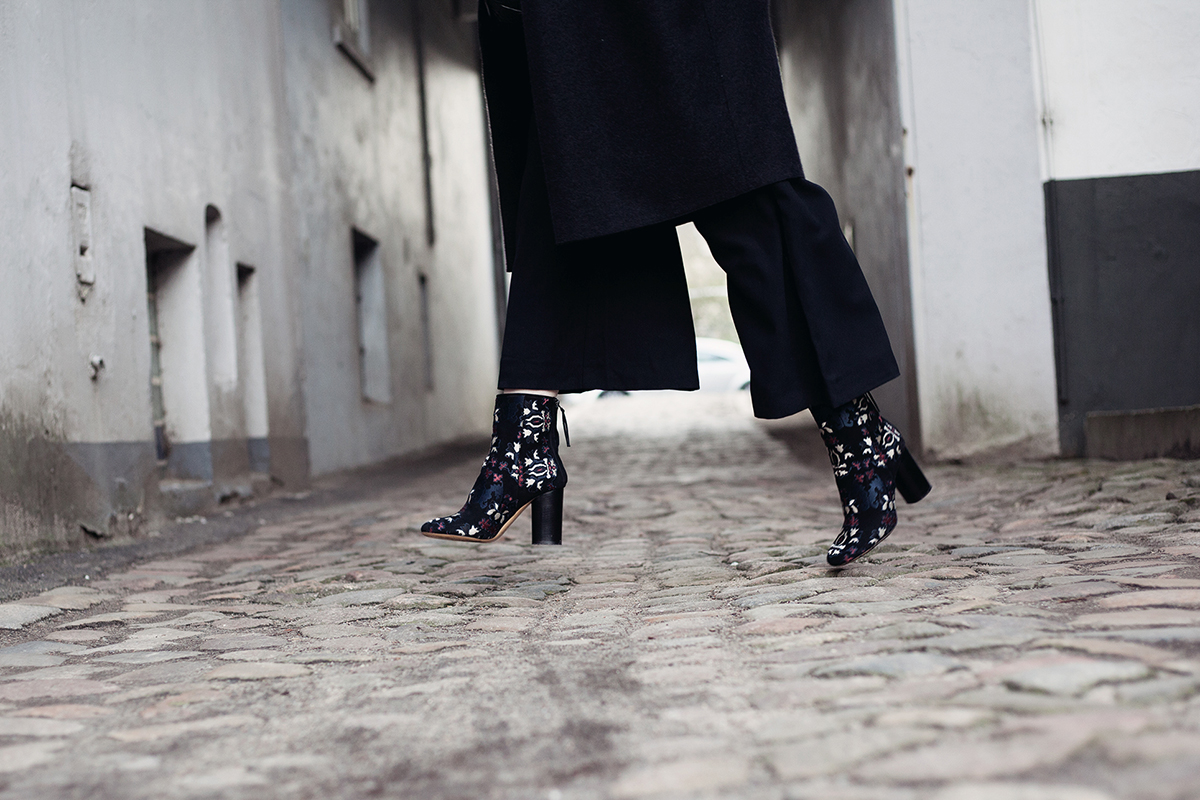 anna frost fafine isabel marant boots 4