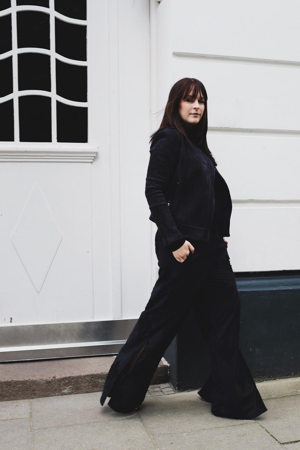 ana frost fashionblogger hamburg fafine all black outfit