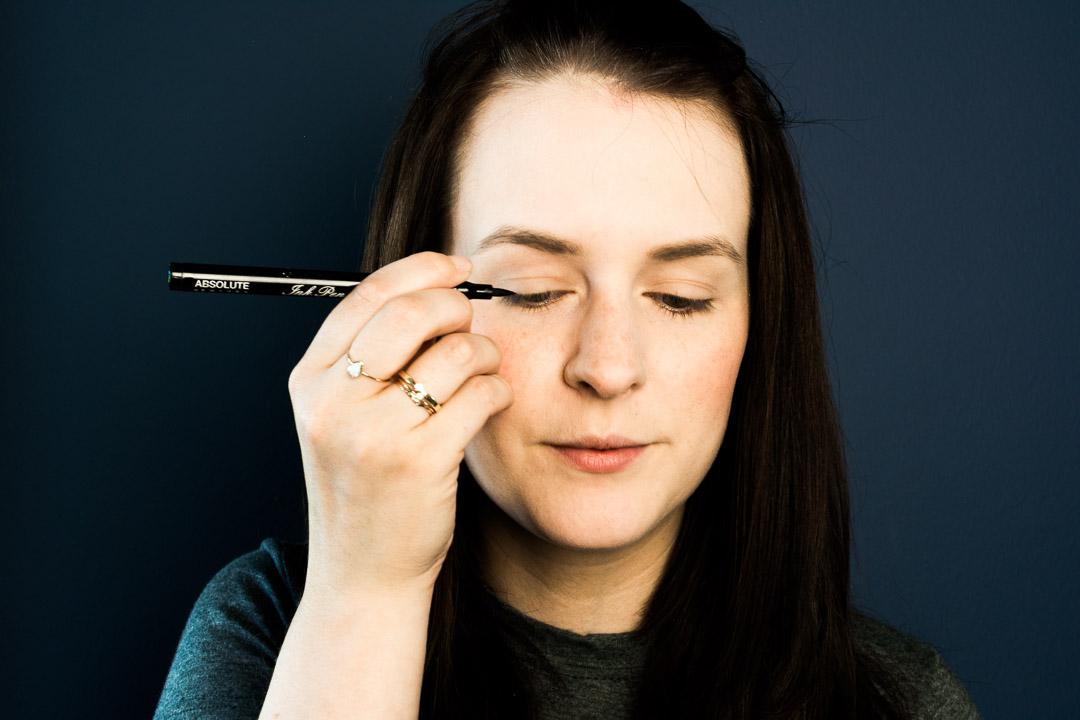 perfekter_eyeliner_fafine_annafrost_1