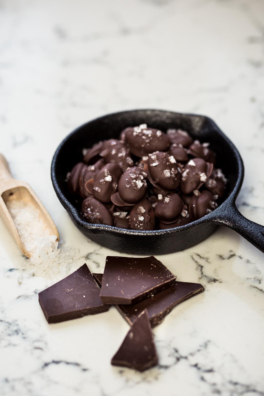 california-almonds-silvester-snacks-anna-frost-03
