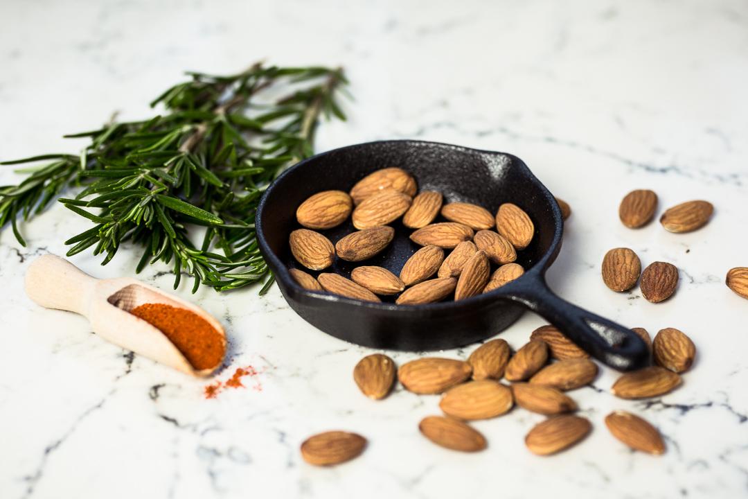 california-almonds-silvester-snacks-anna-frost-06