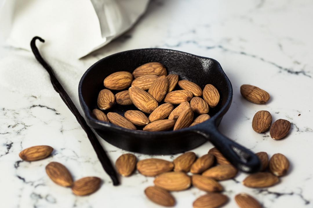 california-almonds-silvester-snacks-anna-frost-08