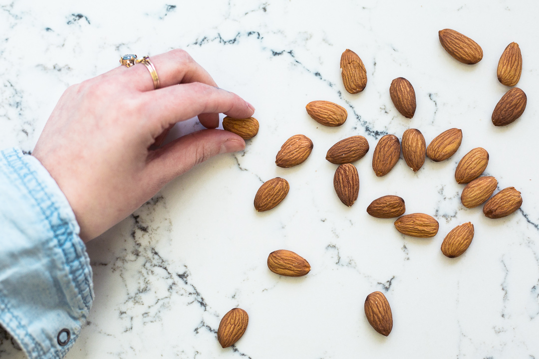california-almonds-silvester-snacks-anna-frost-10